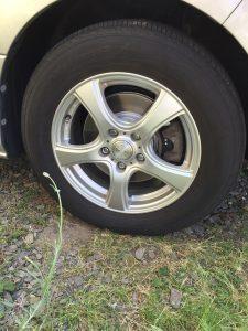 タイヤを付ける