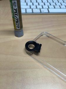 レンズのクリップとケースを加工し接着